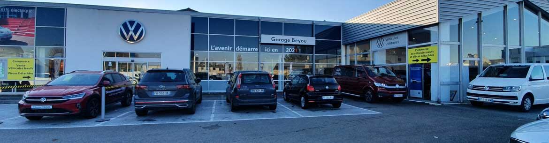 Volkswagen morlaix touran d 39 occasion 2015 1 6 tdi 110ch for Volkswagen europe garage